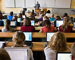 Master of Law : plus de 60 cours à choix