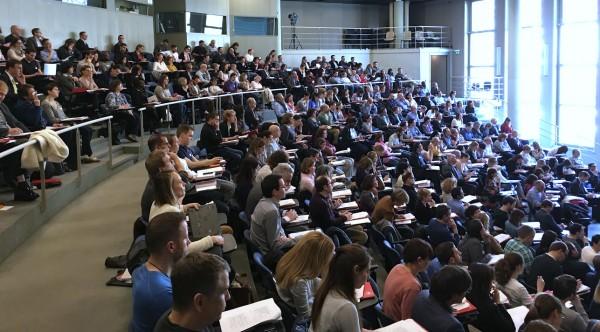 Plus de 300 personnes ont participé au colloque du CERT consacré aux nouveautés en droit du travail et à la protection des données dans les relations de travail